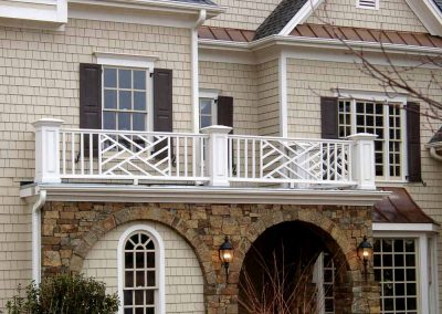 columns-and-carvings-deckrailing-1