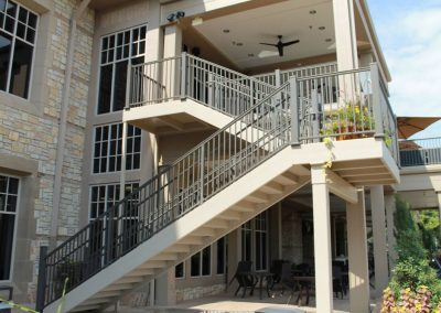 columns-and-carvings-deckrailing-11